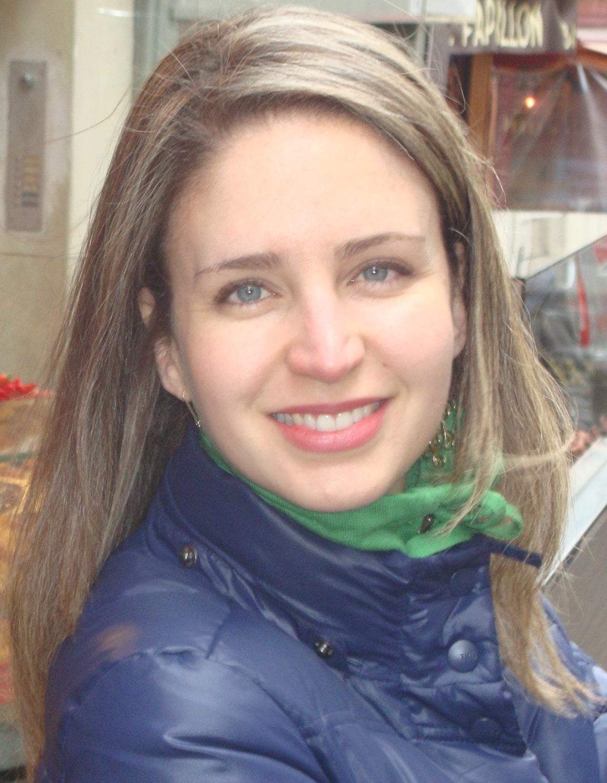 Flávia Faria